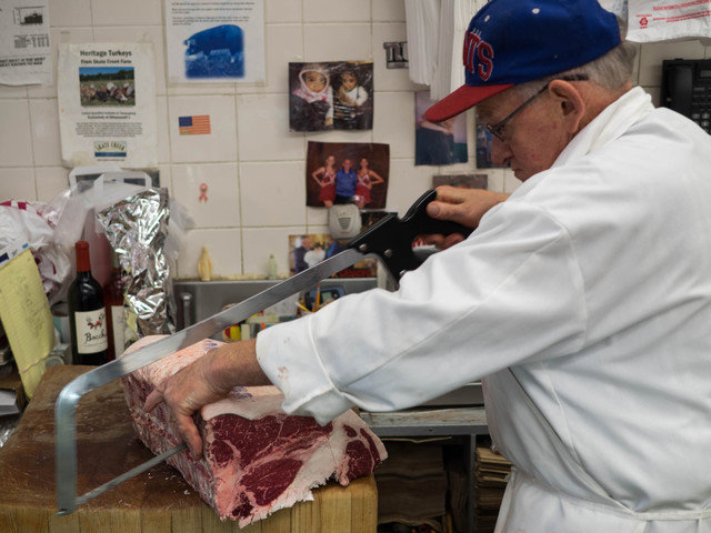Cutting steak 640 0.0x0.0x4608.0x3456.0 q85